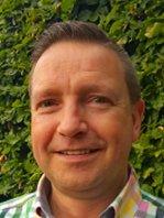 Leen Lindhout : Penningmeester